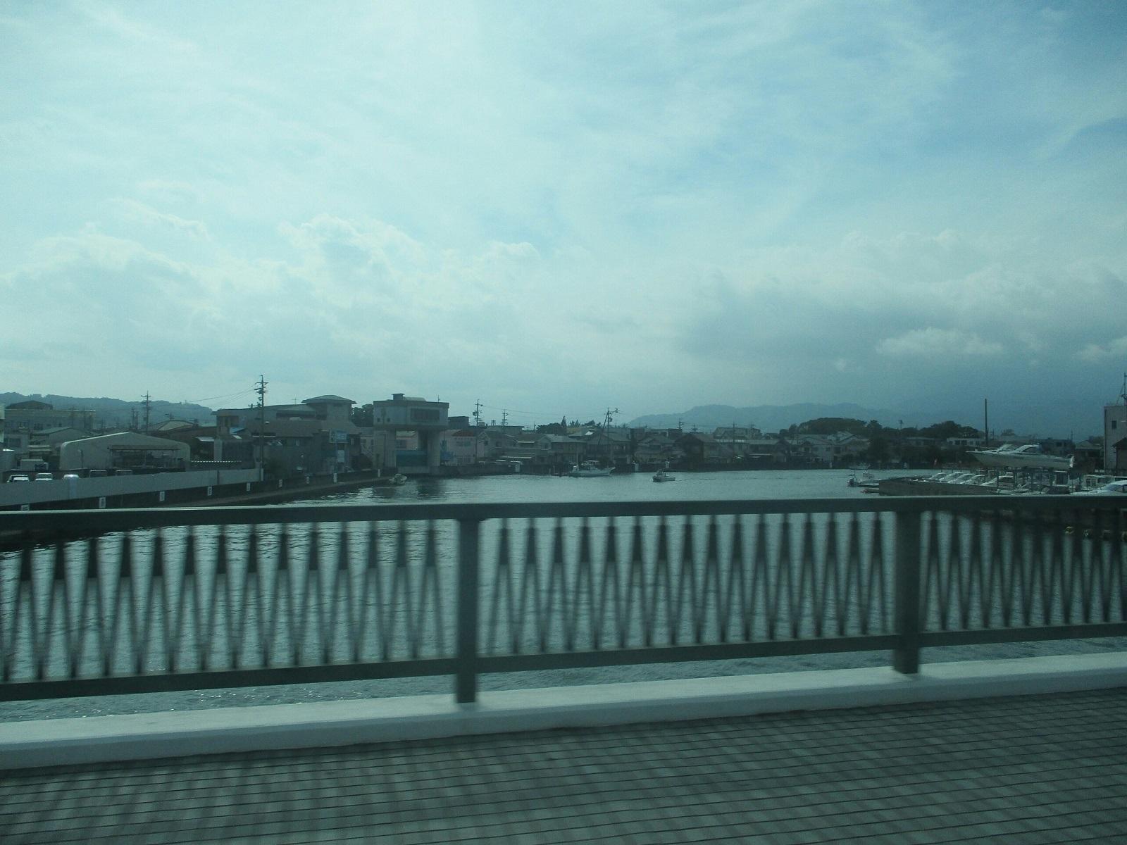 2018.8.10 (125) 清水駅いきバス - 巴川をわたる 1600-1200