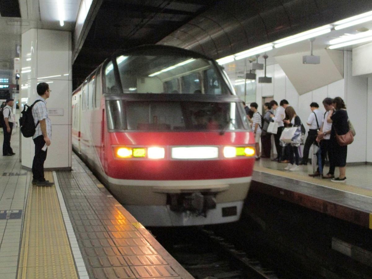 2018.8.23 (14) 名古屋 - 豊橋いき特急 1200-900