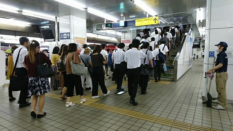 2018.8.29 (114) 名古屋 - 中央ホーム 800-450