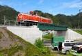 2018.8.22 釜石市片岸町 - 試験走行するディーゼル機関車(あさひ) 625-425