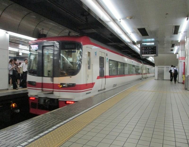 2018.9.7 (108) 名古屋 - 新鵜沼いき快速特急 960-750