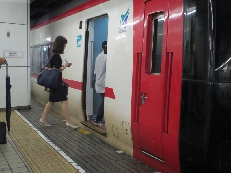 2018.9.7 (109) 名古屋 - セントレアいき特急 1400-1050