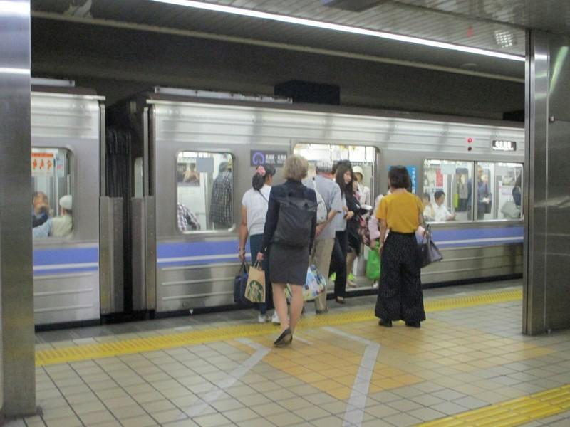 2018.9.11 (15) 金山 - 名古屋港いき 1400-1050