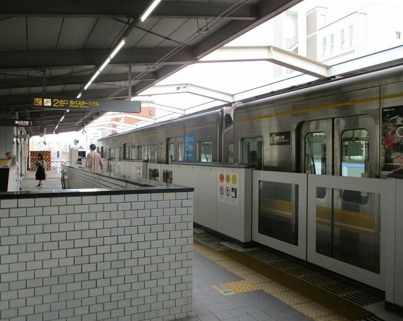 2018.9.11 (29) 本郷 - 藤が丘いき 1130-900