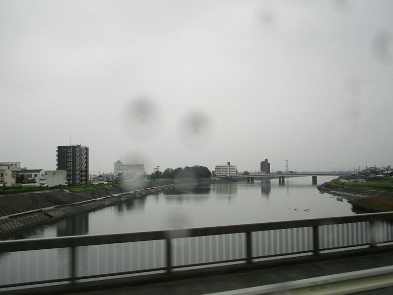 2018.9.20 (15) 豊鉄バス - 豊川をわたる 1600-1200