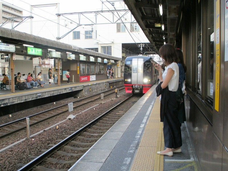 2018.9.23 (50) 東岡崎 - 新鵜沼いき快速特急 2000-1500