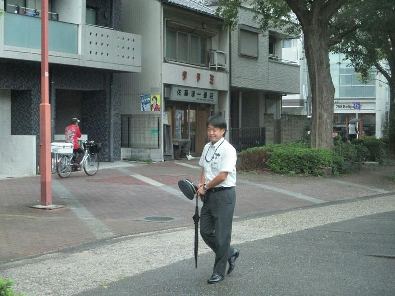 2018.9.25 (4) 三軒家いきバス - 白川公園前バス停(運転士さん交代) 1200-9