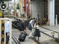 2018.10.16 (147) 十三 - 神戸線ホームきたふみきり 1800-1350