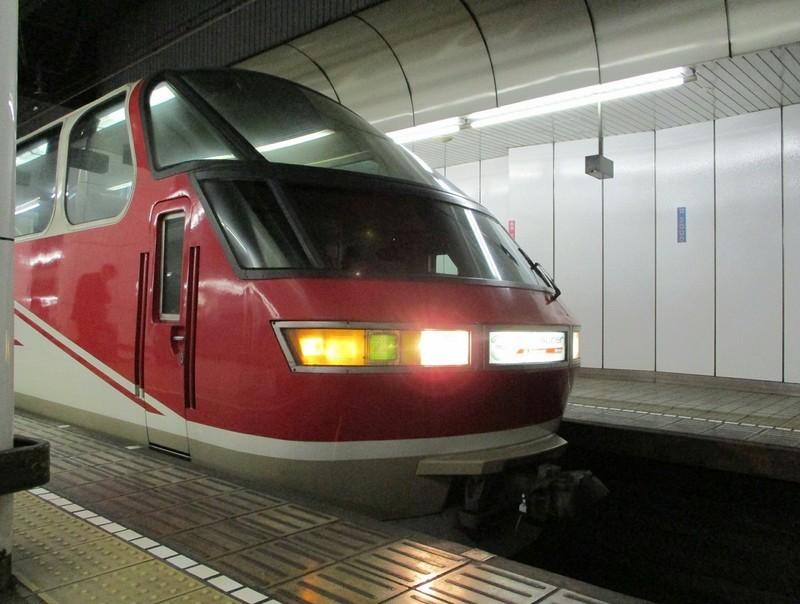 2018.10.24 (27) 名古屋 - 豊橋いき快速特急 1390-1050