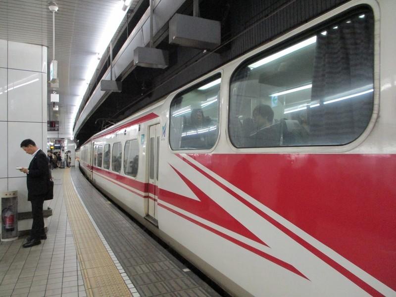 2018.10.24 (29) 名古屋 - 豊橋いき快速特急 1400-1050