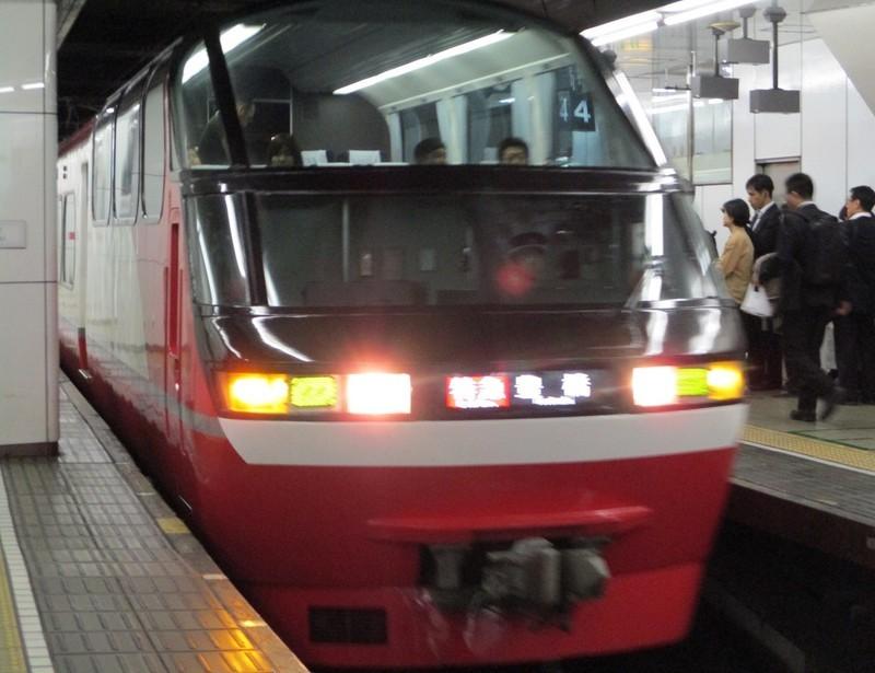 2018.10.24 (30) 名古屋 - 豊橋いき特急 1170-900