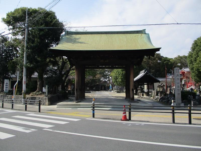 2018.10.26 (46) 甚目寺 - 東門 2000-1500