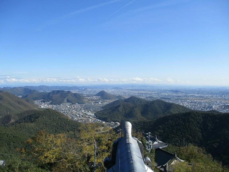 2018.11.7 (74) 岐阜城から四方をのぞむ(ひがし) 2000-1500