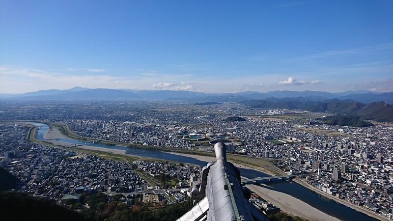 2018.11.7 (77あ) 岐阜城から四方をのぞむ(にし) 1920-1080
