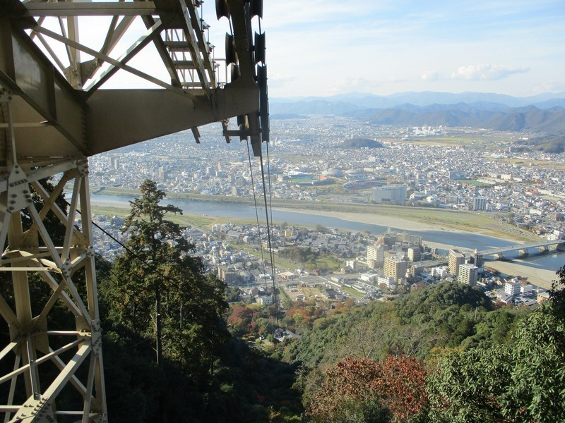 2018.11.7 (84) 金華山ロープヱー - 山頂駅しゅっぱつ 2000-1500
