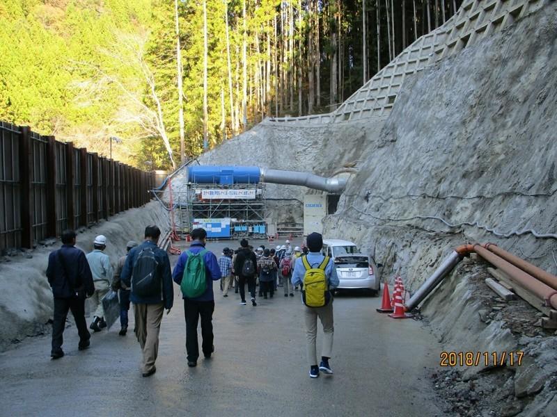 2018.11.17 (131) 転流工トンネルえ 1400-1050
