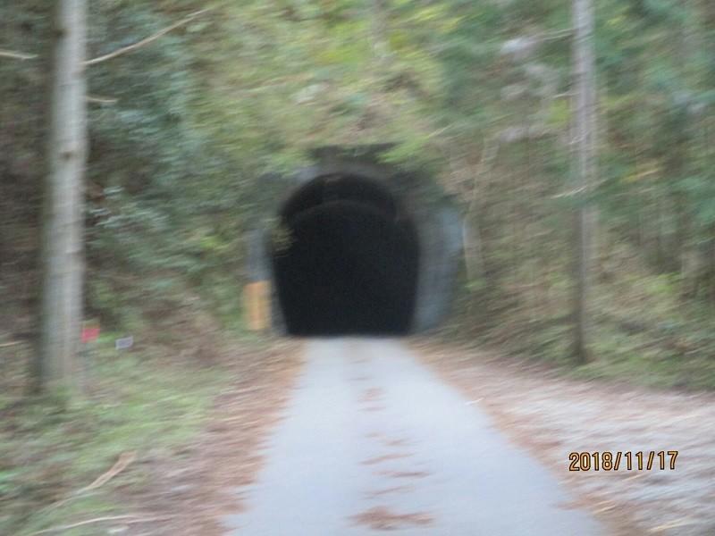 2018.11.17 (160) トンネル 800-600