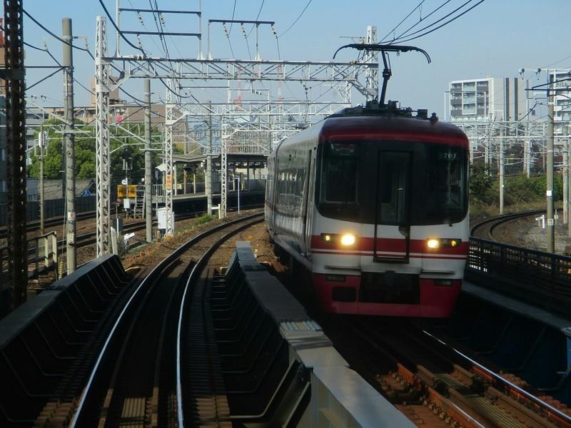 2018.11.21 (20) 岐阜いき特急 - 金山山王間(豊橋いき特急) 2000-1500