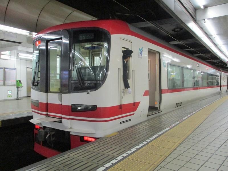 2018.11.26 (3) 名古屋 - 岐阜いき特急 1600-1200