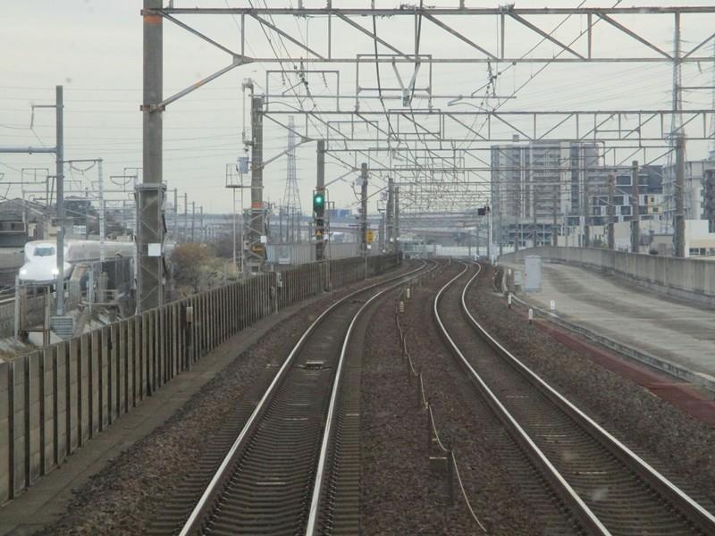 2018.12.11 (21) 豊橋いき快速 - 大高南大高間(新幹線) 1200-900