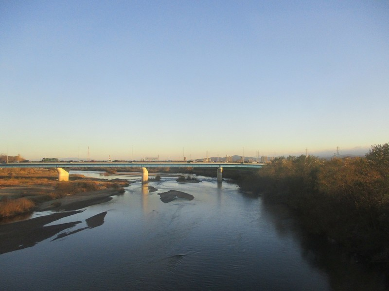 2018.12.14 (8) 豊橋いき特急 - 矢作川をわたる 1800-1350