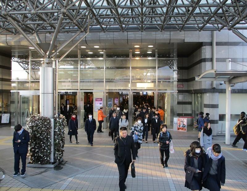 2018.12.14 (15) 豊橋 - 駅ビルいりぐち 1550-1200