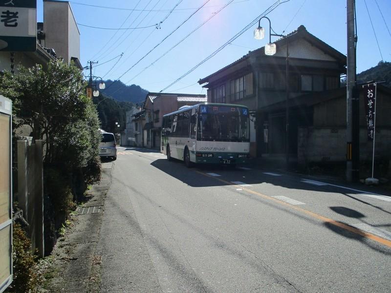 2018.12.14 (165) 海老バス停 - 田口いきバス 1800-1350