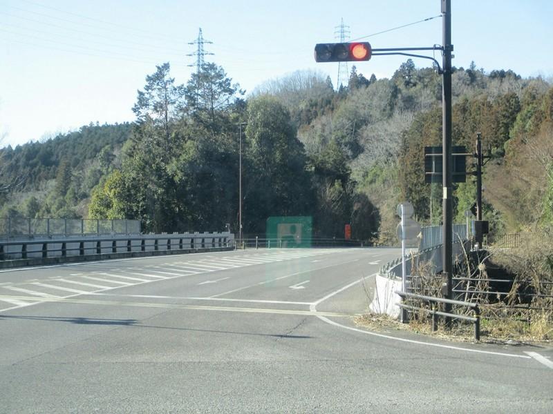 2019.1.7 (55) どんぐりの湯前いきバス - 富岡町西洞交差点を左折 1200-900