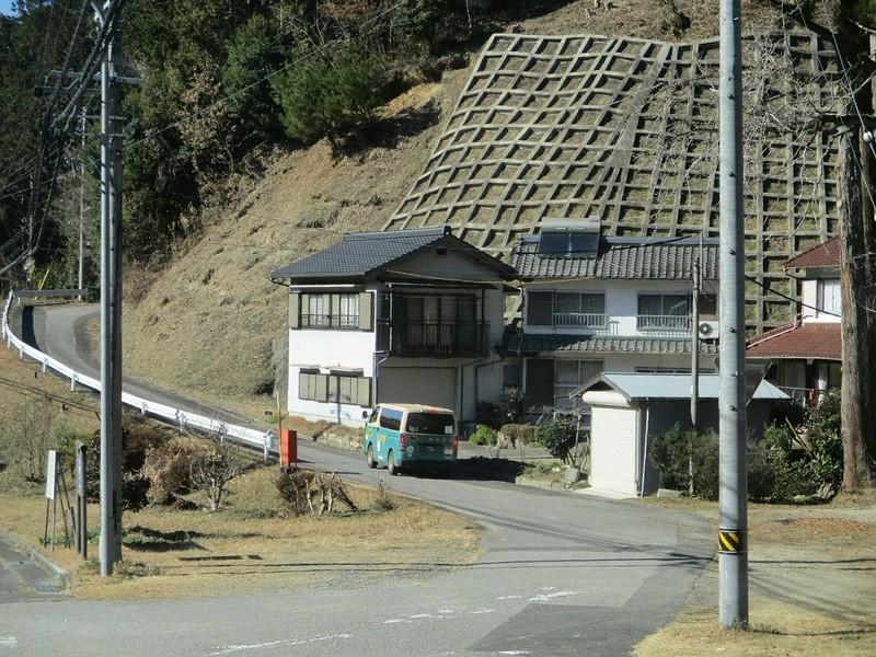 2019.1.7 (61) どんぐりの湯前いきバス - 北小田宮前バス停 1200-900