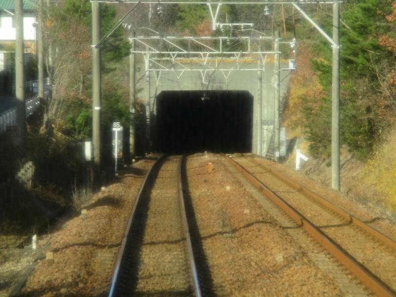 2019.1.9 (37) 上小田井いきふつう - 浄水三好ヶ丘間(トンネル) 1600-1200