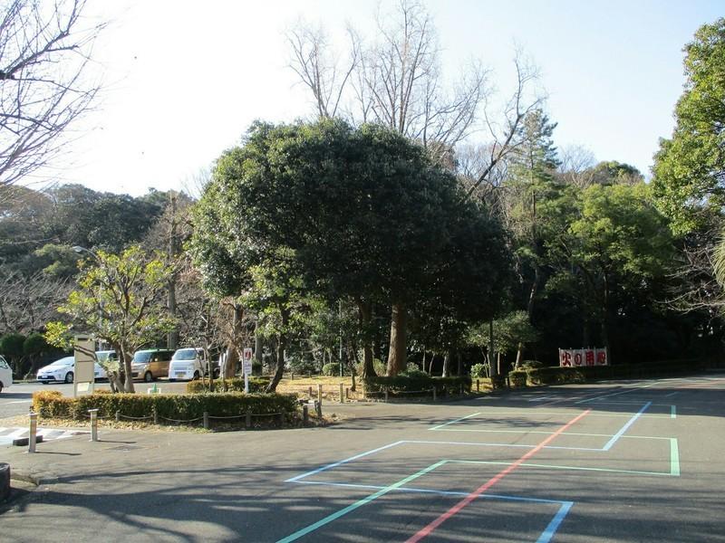 2019.1.16 (32) 断夫山古墳 - 熱田神宮公園いりぐちから 1400-1050