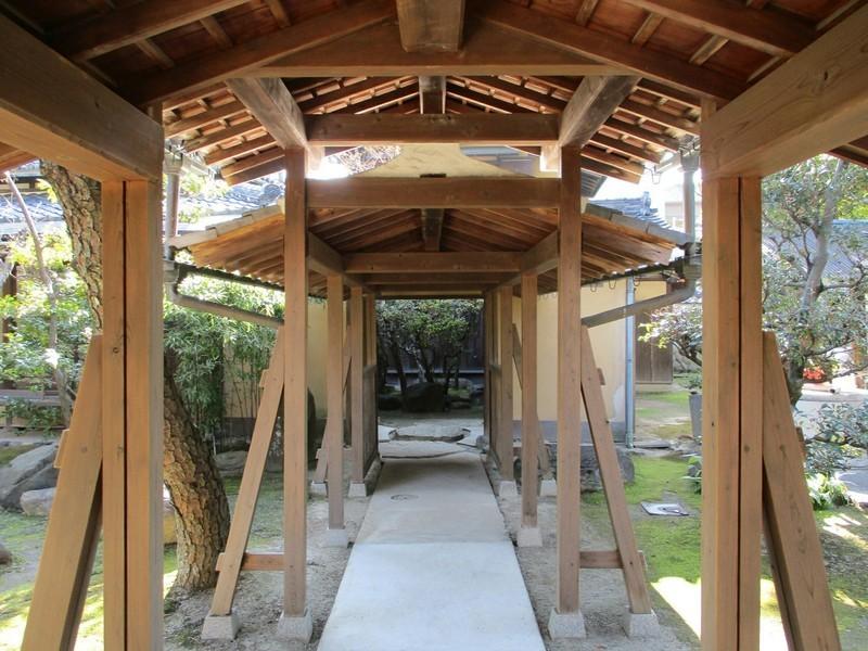 2019.1.16 (48) 青大悲寺 - 境内別邸につながる廊下 1800-1350