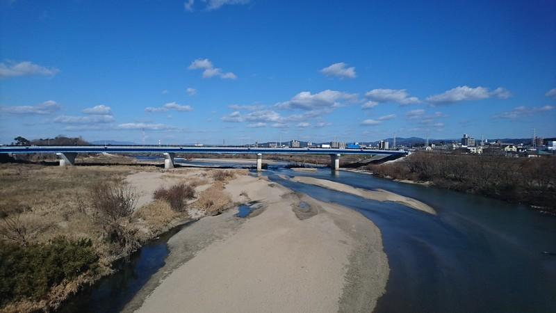 2019.1.18 (11) 東岡崎いきふつう - 矢作川をわたる 1920-1080