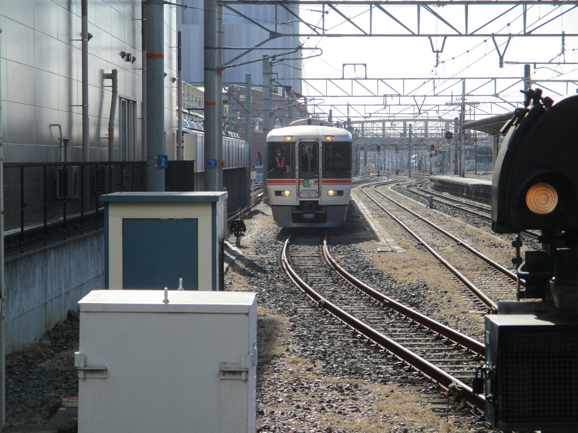 2019.1.24 (1) 豊橋 - 飯田いき特急伊那路 2000-1500