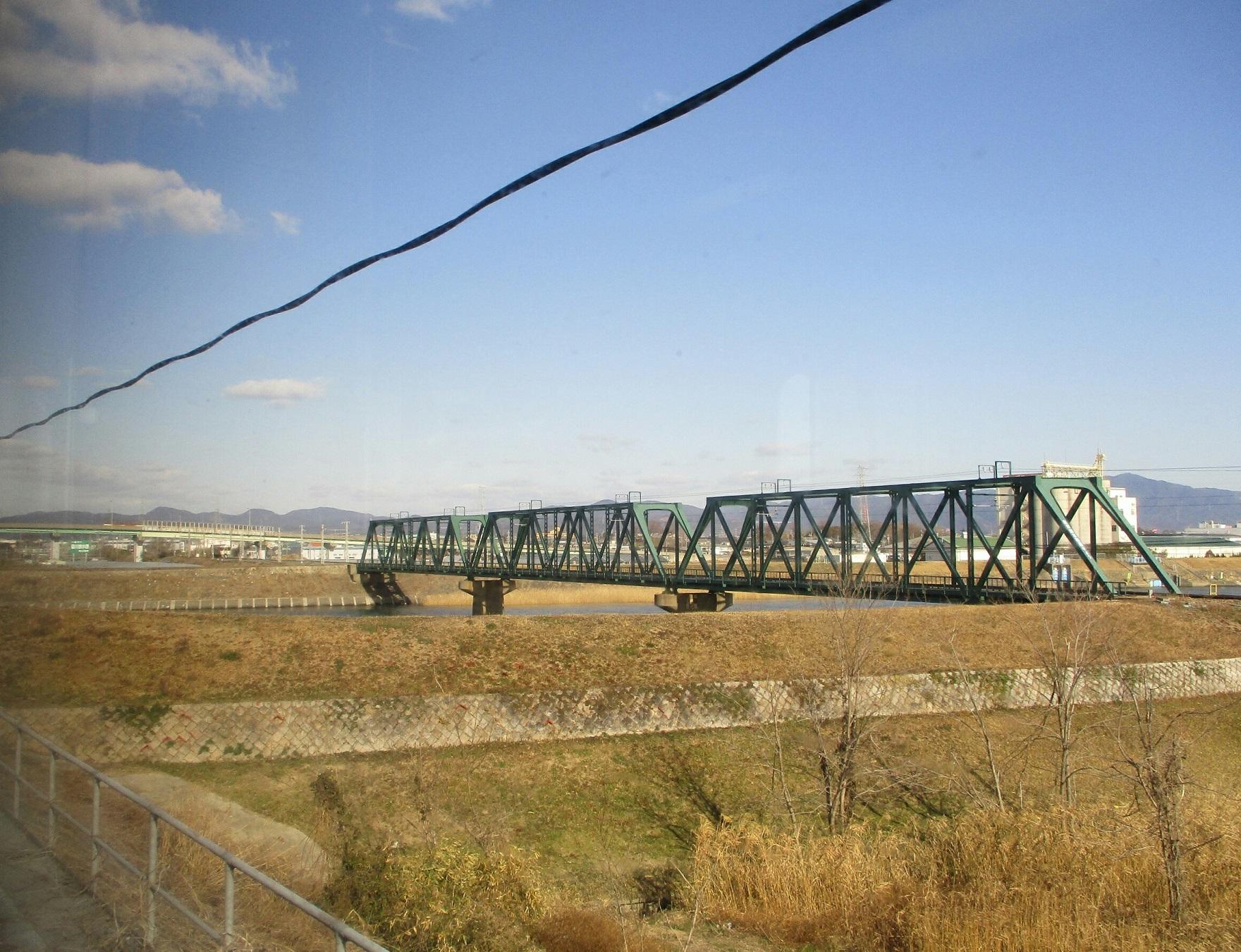 2019.1.24 (11) 飯田いき特急伊那路 - とよがわ放水路をわたる 1760-1350