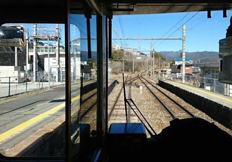 2019.1.24 (180) 茅野いきふつう - 伊那大島しゅっぱつ 1390-970