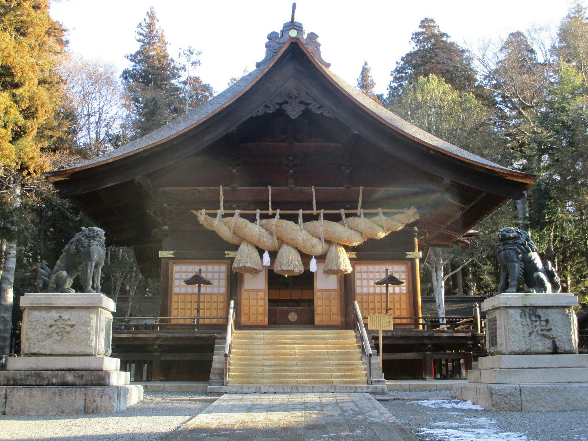 2019.1.25 (5) 諏訪大社下社秋宮 - 神楽殿 2000-1500