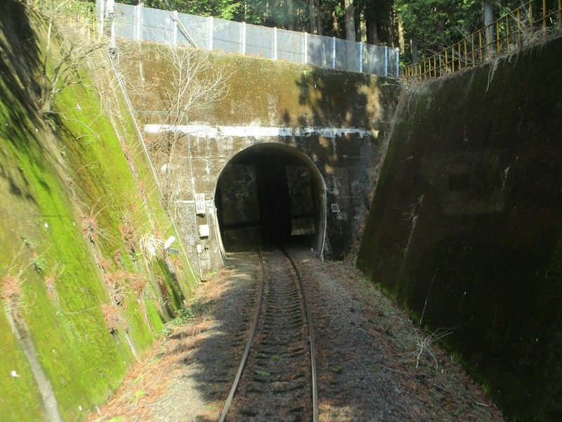 2019.3.1 (85) 樽見いきふつう - 鍋原日当間(トンネル) 1600-1200