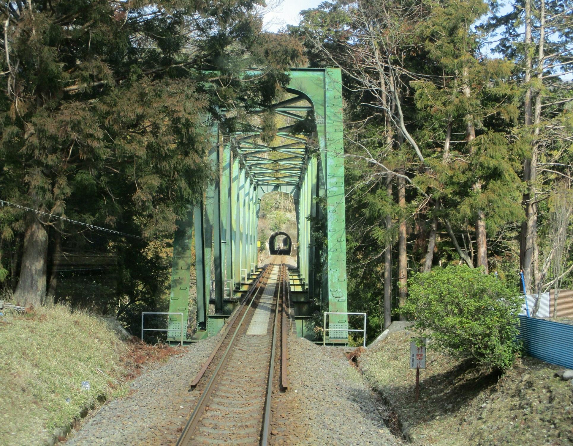 2019.3.1 (88) 樽見いきふつう - 鍋原日当間(鉄橋) 1930-1500
