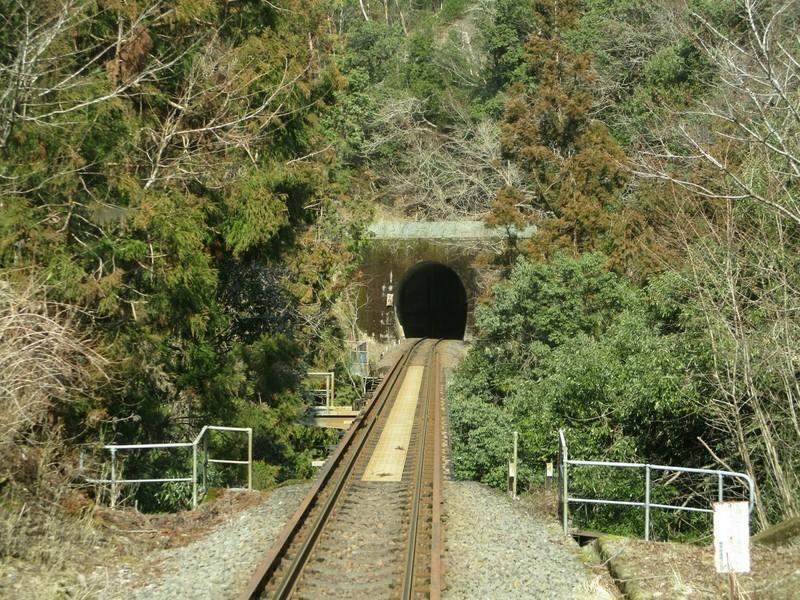 2019.3.1 (103) 樽見いきふつう - 高尾水鳥間(トンネル) 2000-1500