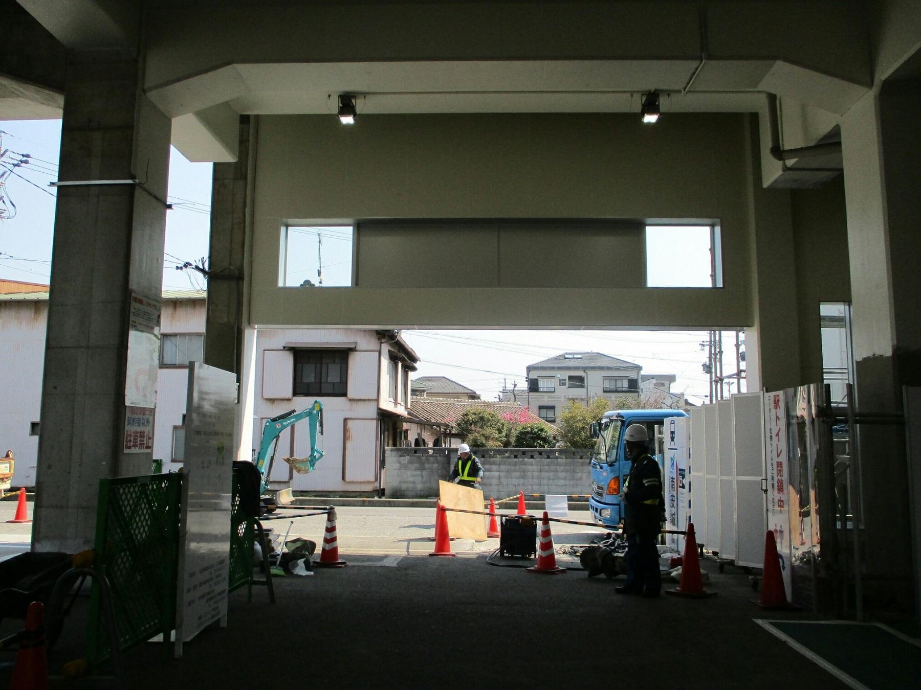 2019.3.15 (2) みなみあんじょう - エレベーター工事 1800-1350