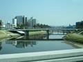 2019.3.15 (26) JR岡崎駅いき快速バス - 殿橋をわたる 2000-1500