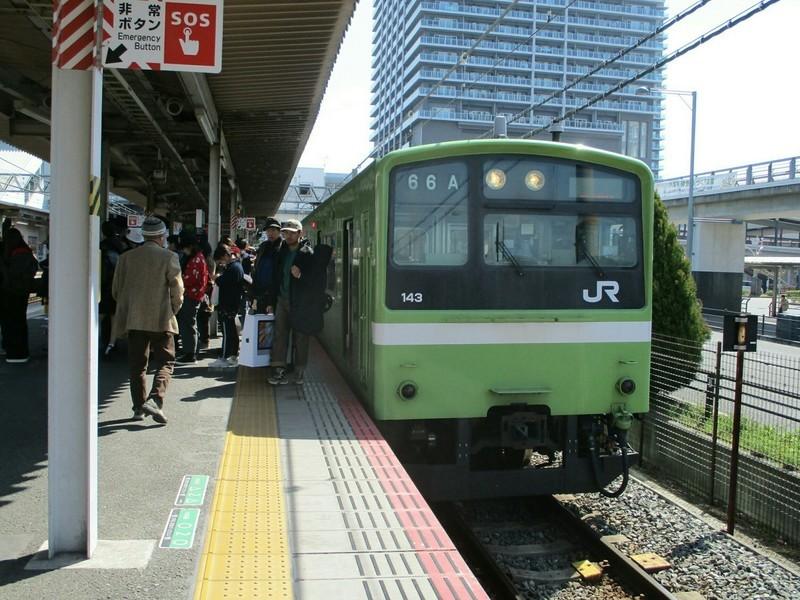 2019.3.18 (121) 久宝寺 - JR難波いきふつう 2000-1500