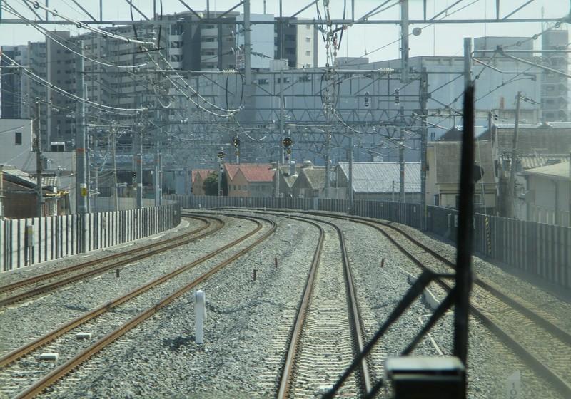2019.3.18 (154) 新大阪いきふつう - 放出鴫野間(うしろむき) 1800-1260