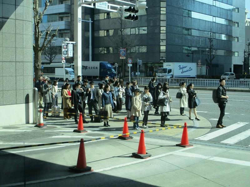 2019.3.20 (13) 三軒家いきバス - 下広井町交差点 2000-1500