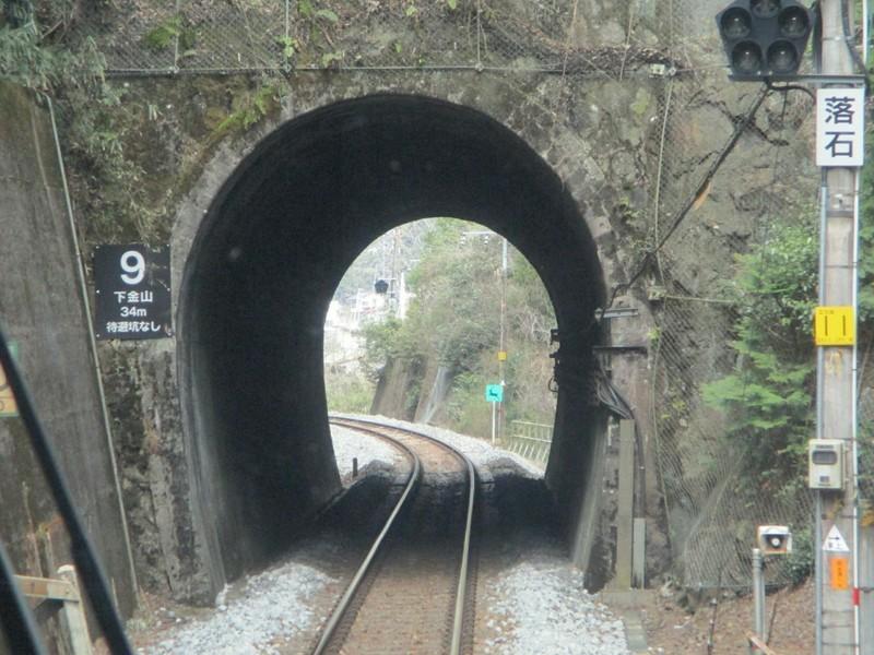 2019.4.4 (68) 下呂いきふつう - 上麻生白川口間(トンネル) 1600-1200