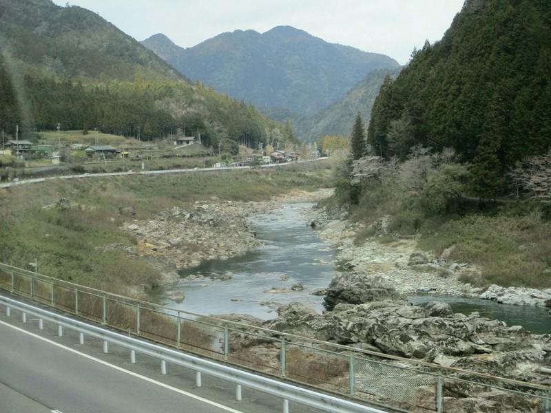 2019.4.4 (72) 下呂いきふつう - 白川口下油井間(飛騨川) 1600-1200