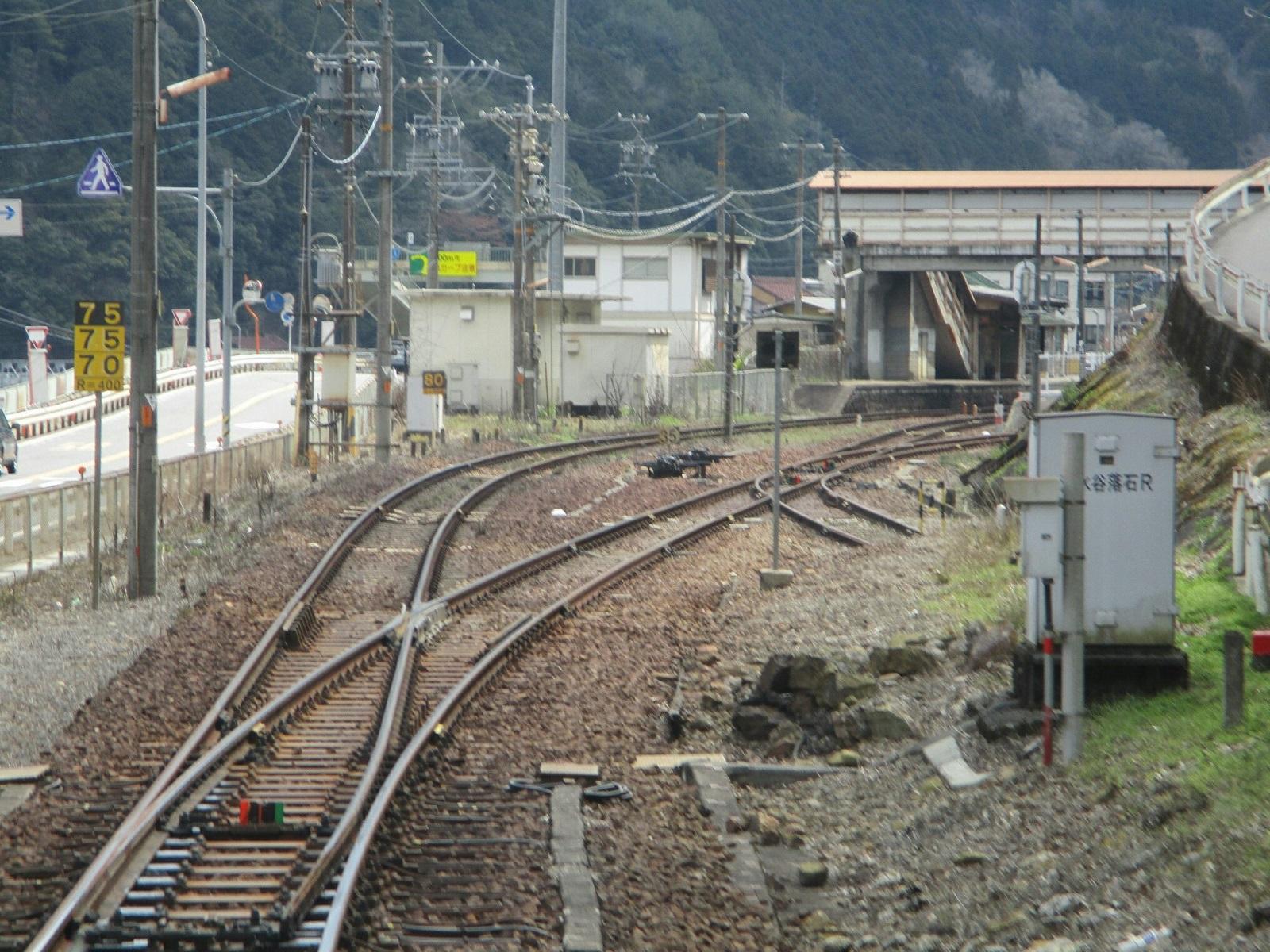 2019.4.4 (111) 美濃太田いきふつう - 白川口 1600-1200