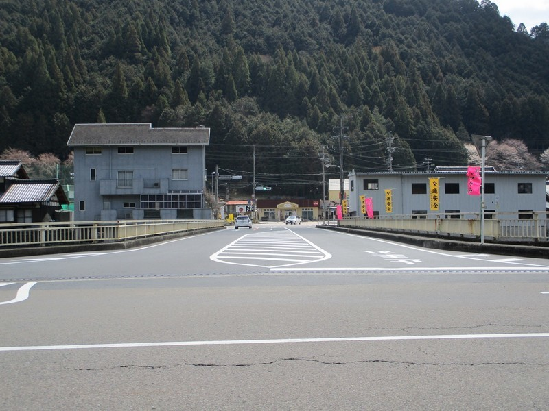 2019.4.4 (130) 白川町 - 河岐橋 2000-1500