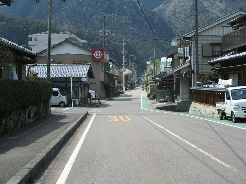 2019.4.4 (132) 白川町 - なかどおり(にしむき) 2000-1500